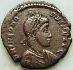 Theodose I (379 à 395) Gloria Romanorum Nicomédie AV.JPG
