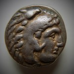 Philippe III (323 à 317) Amphipolis TI et torche AV.JPG